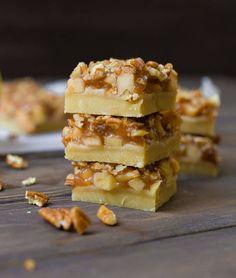 Apple Pie Bars (Vegan & Paleo) - Wholesomelicious