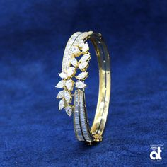 The sterling silver bracelets have actually been incredibly popular among women. These bracelets are offered in various shapes, sizes and styles. Diamond Bracelets, Diamond Jewelry, Gold Jewelry, Vintage Jewelry, Bangle Bracelets, Silver Bangles, Sterling Silver Bracelets, Sea Glass Jewelry, Bracelet Designs
