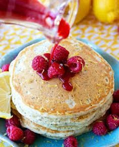 Low FODMAP Recipe and Gluten Free Recipe - Hot pancakes with raspberries www.ibssano.com/...