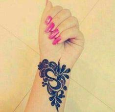 Traditional Mehndi Designs for Hands and Arms - Sensod - Create. Henna Hand Designs, Mehndi Designs Finger, Indian Mehndi Designs, Mehndi Designs 2018, Stylish Mehndi Designs, Mehndi Designs For Fingers, Mehndi Design Pictures, Beautiful Mehndi Design, Henna Tattoo Designs