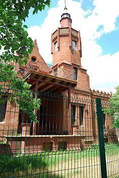 Itinerari per l'arquitectura del Centre - Museu d'Art de Cerdanyola - Àlbums web de Picasa