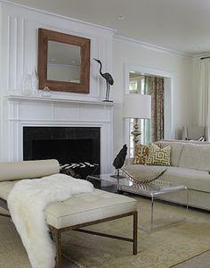 furniture arrangement, plexi coffee table Lisa Sherry Interieurs   Interior Design