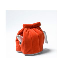 Contemporary tea cosy by Hella Jongerius