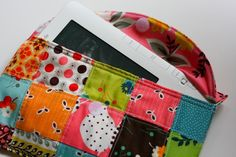 Patchwork iPad/e-book Reader Case Tutorial. Scrap Fabric Projects, Small Sewing Projects, Fabric Scraps, Quilting Tutorials, Quilting Projects, Sewing Tutorials, Sewing Ideas, Free Tutorials, Quilting Patterns