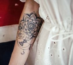 25 Arm Tattoo Ideas for Girls and Women