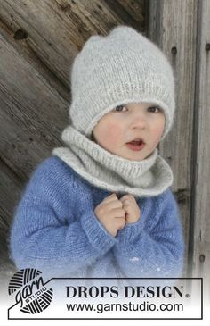 Drops Pattern Set of knitted hat and neck warmer for children, sizes years, in Drops Air Blaze – The set consists of: Knitted hat and neck warmer for children. The set is worked in DROPS Air. – Free pattern by DROPS Design Baby Knitting Patterns, Crochet Patterns, Scarf Patterns, Easy Knitting Projects, Knitting For Kids, Free Knitting, Knitting Needles, Finger Knitting, Knitting Machine
