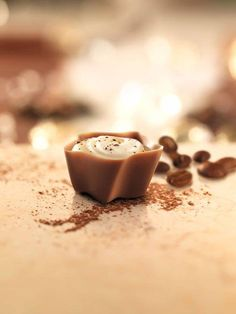 Lindt Swiss Luxury Selections - Macchiato       {Lindt Chocolate + Coffee = Perfection}