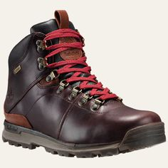 Timberland GT Scramble leather boots are versatile hikers with street-smart good looks and trail-tested performance.