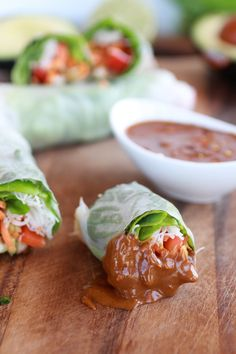 Healthy, Avocado and Chicken Spring Rolls Dipping sauce 1/4 cup hoisin 2 tablespoon peanut butter (or can sub almond butter) 2 tablespoons sweet thai chili sauce 1 teaspoon sesame oil 1/2 teaspoon crushed red pepper flakes water, to thin