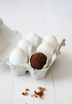 Brownie baked in egg shells