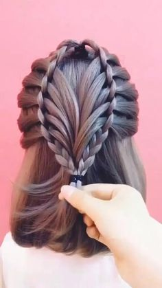 Prom Hairstyles For Long Hair, Girl Hairstyles, Elegant Hairstyles, Cute Hairstyles With Braids, Long Hair Dos, Hairstyles Videos, Hairstyle Short, Hair Up Styles, Hijab Styles