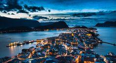 Aalesund / Ålesund, Norway by Ruben Molnes on 500px