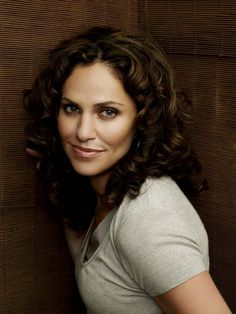Amy Brenneman...one of my favorite actresses.