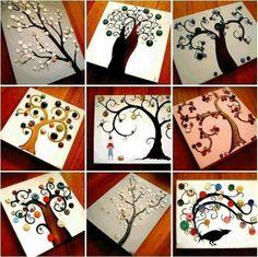 Картины из красок и пуговиц