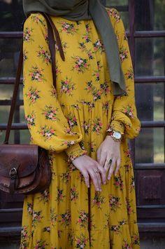 Fancy Dress Design, Stylish Dress Designs, Muslim Women Fashion, Islamic Fashion, Mode Abaya, Mode Hijab, Modesty Fashion, Fashion Outfits, Julie Bowen