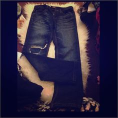Sz.30/30 Distressed jeans Men's Brand new with tags Sz.30/30 Distressed jeans. Great look Jeans Straight Leg
