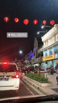 Yogyakarta, Tumblr Photography, City Photography, Night Rain, Kerala, Celebrity Travel, Instagram Story, Real Life, Photos