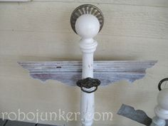 Angel from sprindles or table legs tutorial DIY Craft Projects using Old Balusers and Spindles - Trash to Treasure