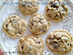 Mrs. Field's Chocolate Chip Cookie Copycat Recipe - IMG_6951