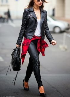 Stylish street style looks with black leather pants you can copy. Pastel Outfit, Fall Winter Outfits, Autumn Winter Fashion, Spring Fashion, Mode Outfits, Casual Outfits, Outfits 2014, School Outfits, Fashion Mode