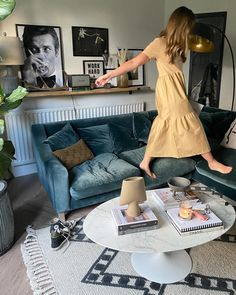 That Friday feeling! Looking forward to wine take away and curling up in here to watch a couple more episodes of The secrets she keeps. Who else is watching it? Its very tense  What are your plans this evening?    Sofa - @loafhome  Coffee table - @heals_furniture  (Previous partnerships)   Outfit details over on @kerrylockwood_style   #livingroom #livingroomdecor #thatfridayfeeling