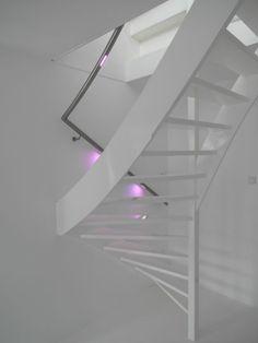 kunst met maatwerk rvs trapleuning lumigrip mood led illuminated handrail