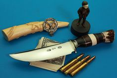Best Hunting Knife Reviews: Choosing the Best Hunting Knife For Your Needs!