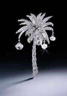 THE CARTIER PALM TREE DIAMOND CLIP BROOCH Price realised CHF 641,500 Estimate CHF 600,000 - CHF 800,000
