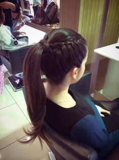 Hairstyles 2019 : Haircut styles for thin hair women Styles ] All the thin hair women complain about their dull hair all the time. In particular, one of the greatest dreams of those who have both fine hair and Ponytail Hairstyles, Braided Hairstyles, Cool Hairstyles, Semi Formal Hairstyles, Trending Hairstyles, Thin Hair Styles For Women, Curly Hair Styles, Simple Ponytails, Simple Hairdos