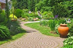 Our knowledgeable landscaping professionals will work with you to add instant #CurbAppeal to your home and yard. See what we can do for you. http://sawyers.ca/landscape-maintenance-construction/