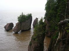 Bay of Fundy, New Brunswick  | Pot rocks at Fundy National Park (Bay of Fundy) in New Brunswick ...