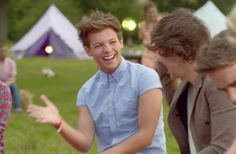 (Gif)directions-of-one.tumblr.com (one direction,louis tomlinson,harry styles,niall horan,liam payne,zayn malik,1d,lwwy)