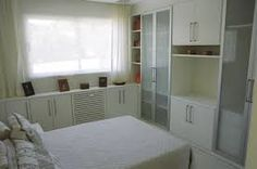 Resultado de imagem para decoração quartos casal pequenos