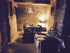 If you are in our headquarters in Torà (Lleida), Spain, go to Gòtic restaurant: signature cuisine and LEDS-C4 lights there too. Pic: BLOOMA, GROK 2015.