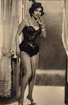 Gina Lollobrigida- in black lace lingerie, 1950s vintage lingerie