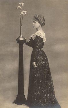Queen Marie Postcard