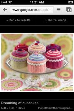 Interesting colorful cupcakes