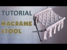 Diy Stool, Diy Chair, Macrame Tutorial, Diy Tutorial, Yarn Crafts, Diy Crafts, Chair Repair, Macrame Chairs, Macrame Knots