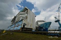 Ovation of the Seas megablock and Norwegian Escape at Meyer Werft