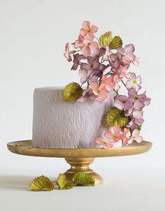 Wedding Cakes That WOW from Lina Veber Cake- MODwedding