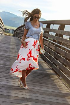 Flowy Skirt with pop color