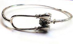 by Emmalishop on Etsy Bangle Bracelets, Bangles, Silver Jewelry, Vintage Jewelry, Bracelet Making, Sterling Silver, Etsy, Beautiful, Bracelets