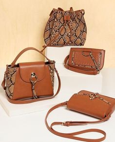 Divas, Leather Bum Bags, Fashion, Leather Products, Backpack Purse, Backpacks, Purses, Totes, Moda