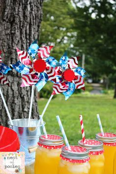 Easy & Cheap July 4th Table Decor for your hot tub or pool party!