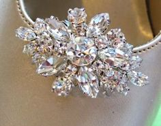 Wedding Shoe Clips,Crystal Clear Flower, Vintage Style, Bridal shoe clips