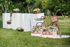 Casamento Romântico no Sítio da Família – Wanessa e Matheus http://lapisdenoiva.com/casamento-wanessa-e-matheus/ Foto: Sebastian Gemino