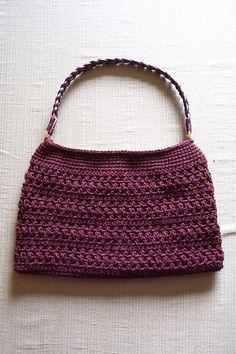Free crocheted purse pattern on Ravelry