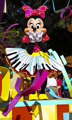 Mickeys Soundsational Parade by Crustopher, via Flickr