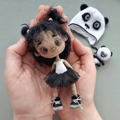 The most beautiful amigurumi images are waiting for you. Best amigurumi doll crochet free patterns and tutorials. And more about amigurumi. Crochet Dolls Free Patterns, Crochet Doll Pattern, Amigurumi Patterns, Doll Patterns, Crochet Ball, Cute Crochet, Crochet World, Crochet Doll Tutorial, Crochet Basics