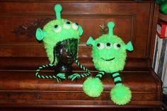 Handmade by Alpenkatzen Dream Team, Monster, Dinosaur Stuffed Animal, Christmas Ornaments, Toys, Holiday Decor, Handmade, Animals, Home Decor